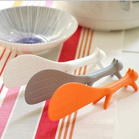 1 PCS Lovely Kitchen Supply Squirrel Shaped Ladle Non Stick Rice Paddle Meal Spoon