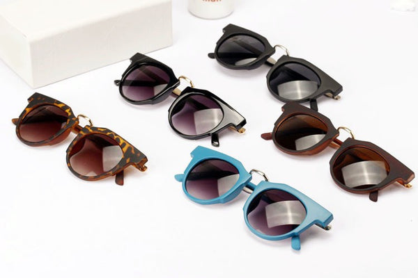 Retro with Metal Temples Models Sunglasses