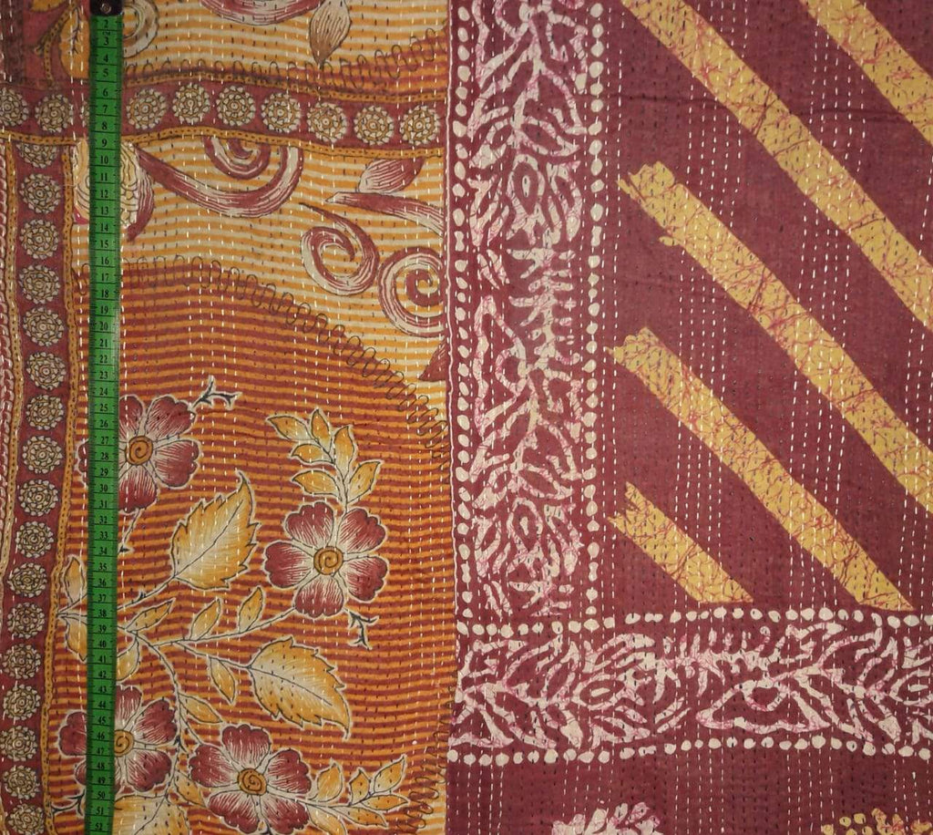 Den flower Kantha Blanket (single)