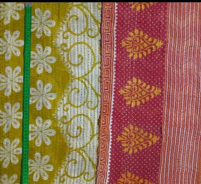 Flower hill 2 Kantha Blanket (single)