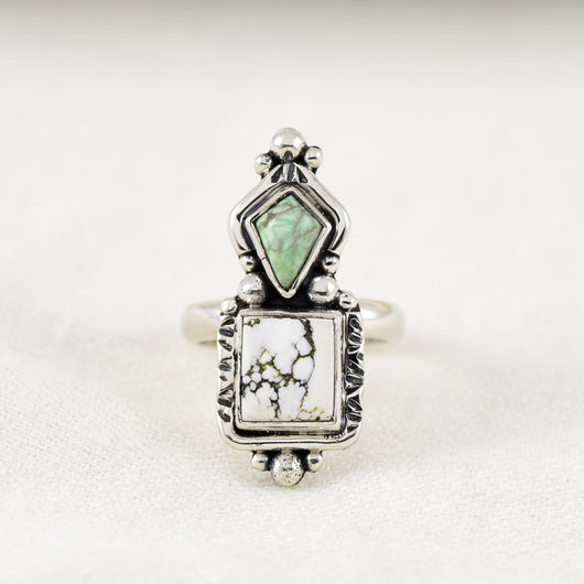 New Mexico Ring ◇ White Howlite + Green Varascite ◇ Size 7