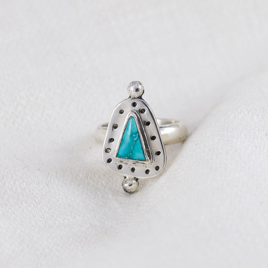 Petite Turquoise Ring (A) ◇ Campitos Turquoise ◇ Size 4.5