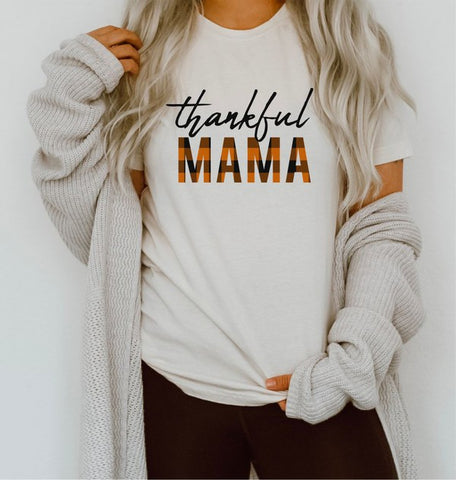 thankful mama graphic fall tee for thanksgiving in our texas boutique