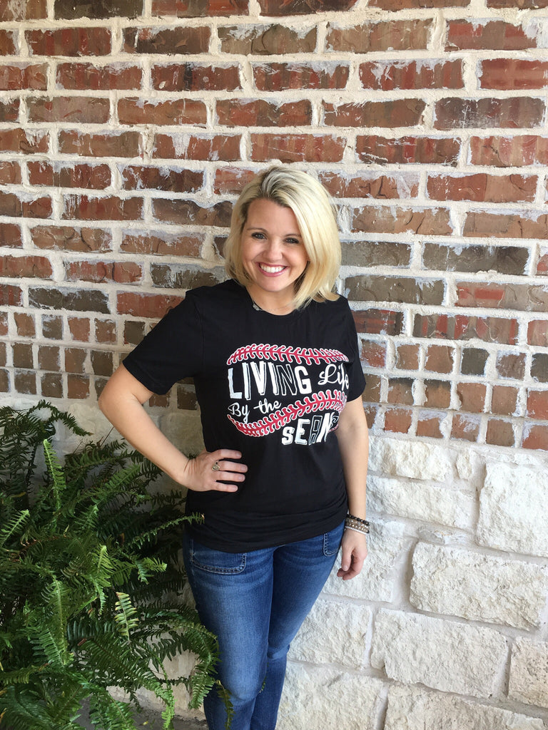 Living Life by the Seams T- Shirt - Aunt Lillie Bells