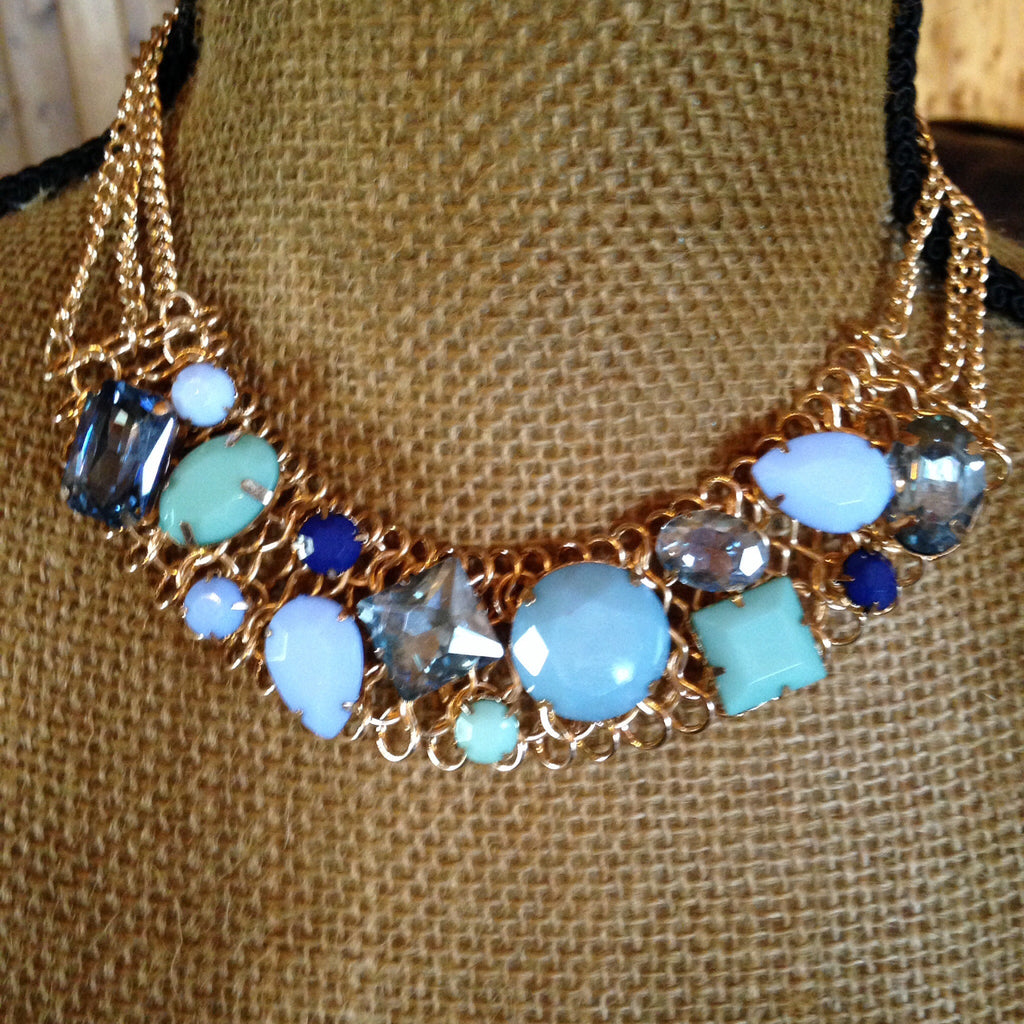 Blue Stone Necklace - Aunt Lillie Bells