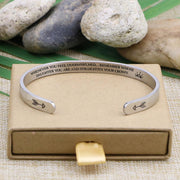 Straighten your crown bracelet with silver plating with jewelry box.