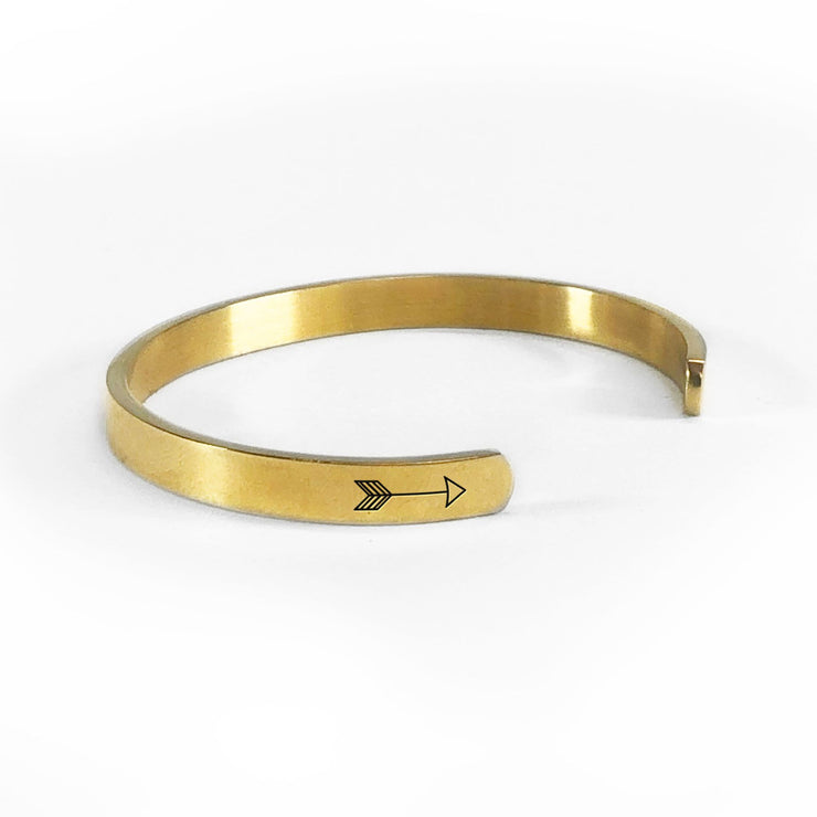 Alaska home state bracelet in gold rotated to show arrows and cuff opening