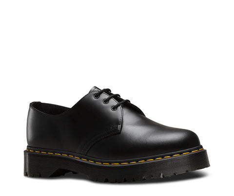 Dr. Martens Men's 1461 Bex Smooth 3 Eye Shoe