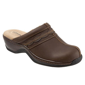 Softwalk Women's Abby Clog, Dark Brown Oily
