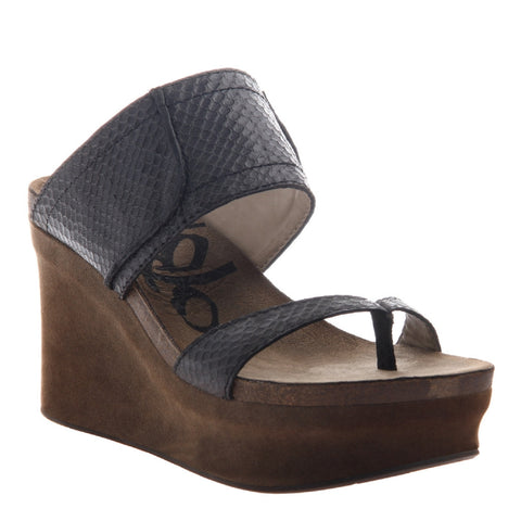 OTBT Women's Brookfield Wedge - Black Scale