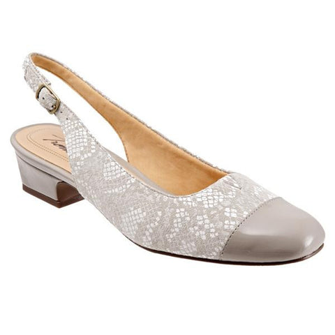 Trotters Women's Dea Shoe, Light Grey Python