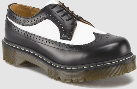 Dr. Martens Men's 3989 Smooth Brogue