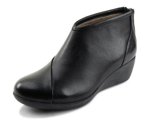 Eastland Women's Arianna Wedge Booties