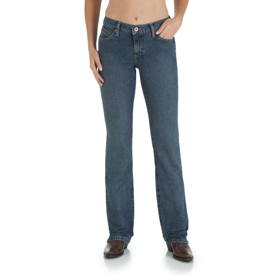 ad6b9b04955 Wrangler Women s Cowgirl Cut Ultimate Riding Jean - Cash