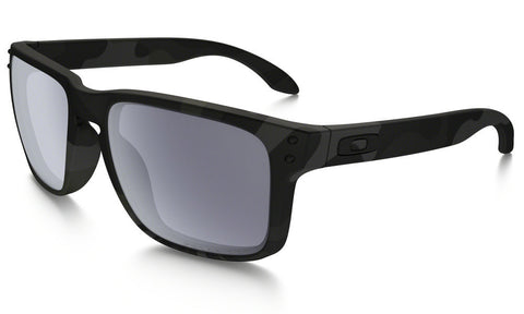 Oakley Men's Holbrook™ Polarized Standard Issue Sunglass