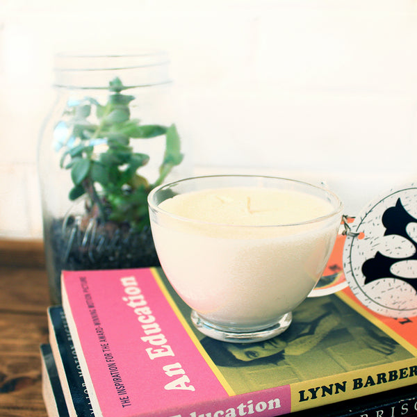 White Ginger with Amber Soy Candle in a Vintage Mug
