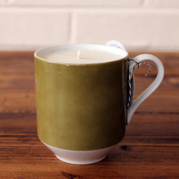White Ginger with Amber Soy Candle in Olive Vintage Mug