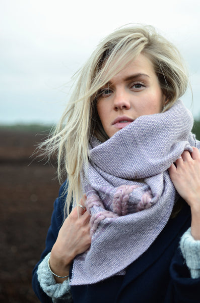 Wool scarf Waterlily