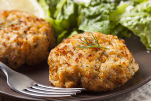 Maine Crab Cakes - Lobster Taxi