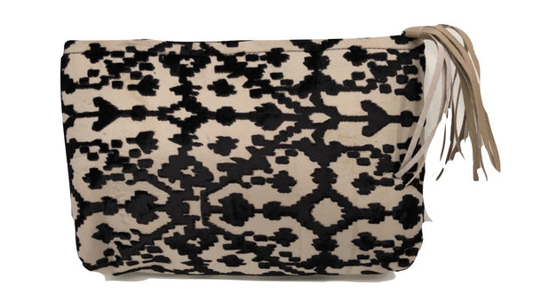 Leo Devoré Velvet Clutch bag