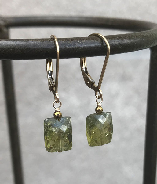 Simple Green Garnet Earrings (gold)