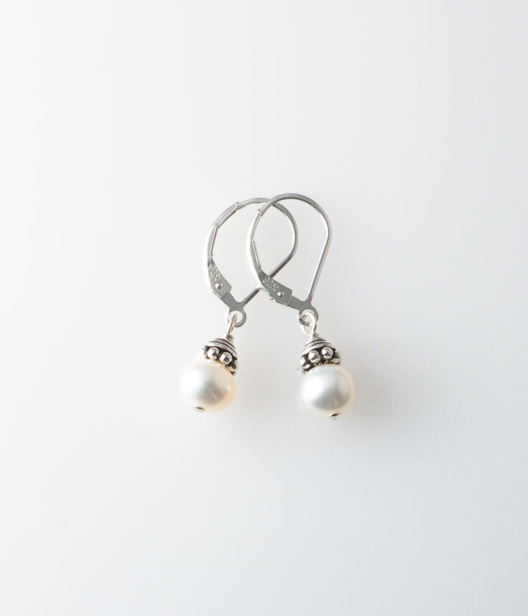 Susan Earrings (white)