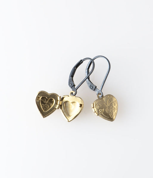 Locket Earrings (heart)