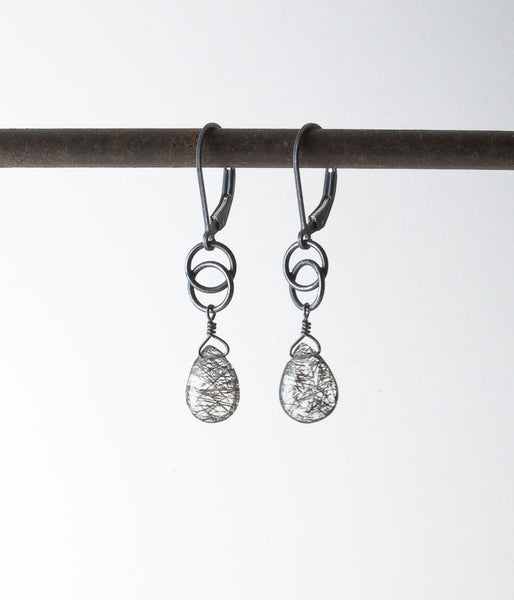 Kris Earrings (tourmalated quartz)