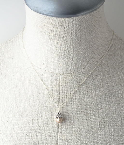 Char Necklace (champagne)