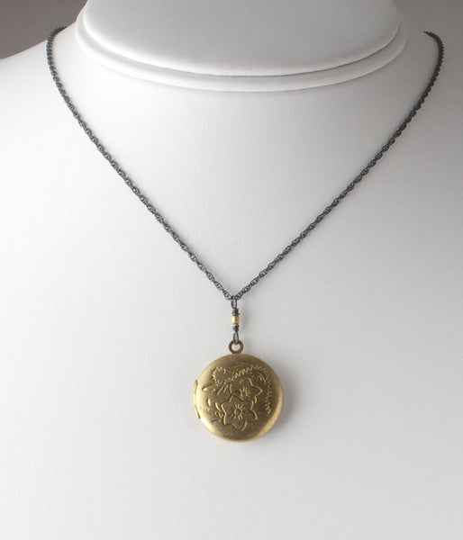 Patti Locket (double flower)