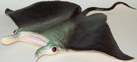 11 Inch Realistic Rubber Replica - Manta Ray