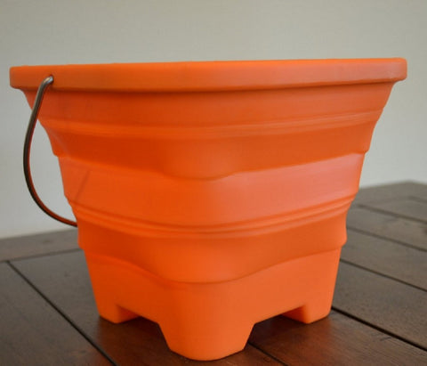 5 Liter Starfish Orange Collapsible Beach Bucket w/Shovel, by Packable Pails