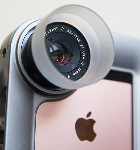 iPhoneography setup with Moment macro lens and Helium Core