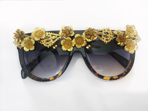 "TNEMNRODA ""Heart Of Gold"" Sunglasses - Haute Mood"