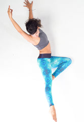 tuck in comfortable legging, high waisted yoga pants