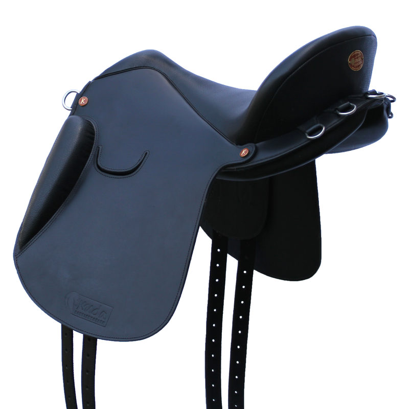"Master Flex Saddle - 17.5"" Black Narrow - In Stock"