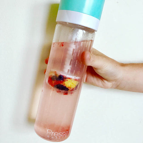 crush and juice into your water with Pressa Bottle