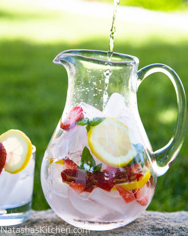 Infused water on the Best Day Ever blog.