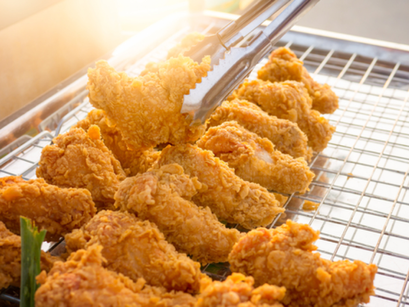 products/Fried_Chicken_1088f6fb-cdb2-4be1-a90e-7451e6f9eaff.png
