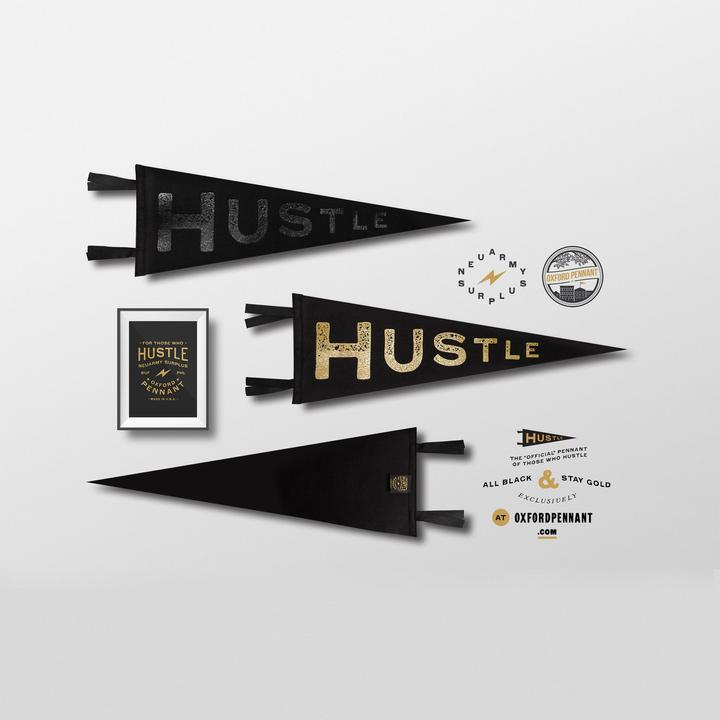Hustle Pennant - Black