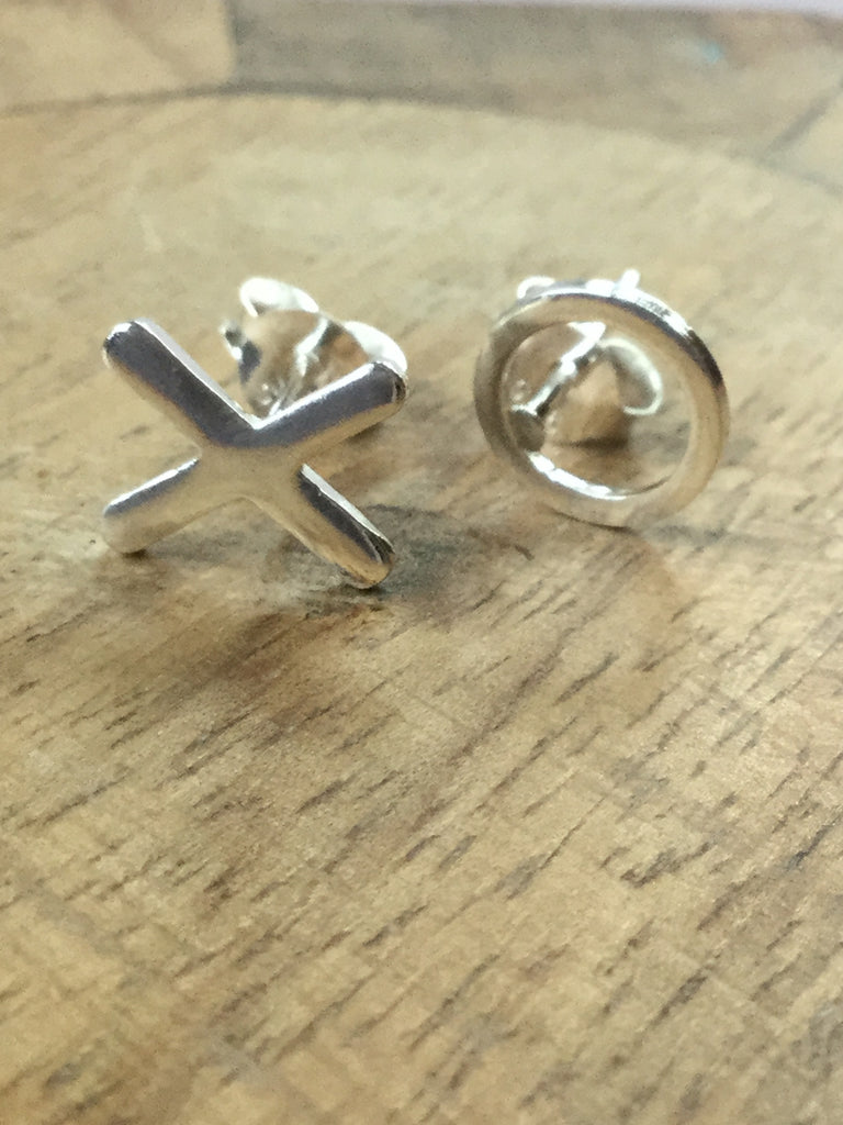 925 STERLING SILVER TIC-TAC-TOE STUDS