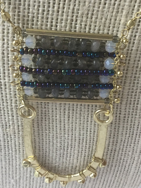 GLASS BEADED BRASS CHAIN NECKLACE