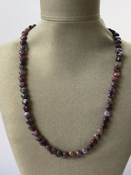 ARTISAN PURPLE HEART-SHAPED AGATE NECKLACE