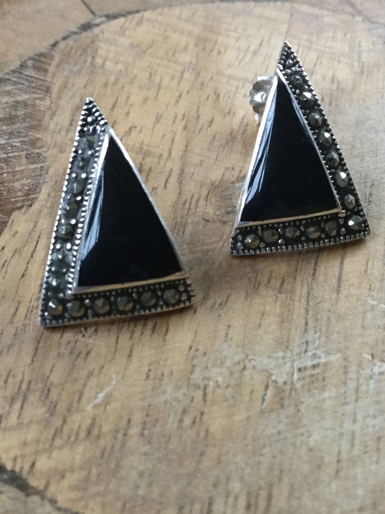 925 STERLING SILVER SWISS MARCASITE AND ONYZ TRIANGLE EARRINGS