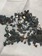 SWAROVSKI Teardrop 8x4.8mm