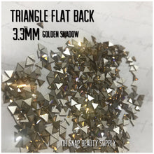 Triangle Flat Back