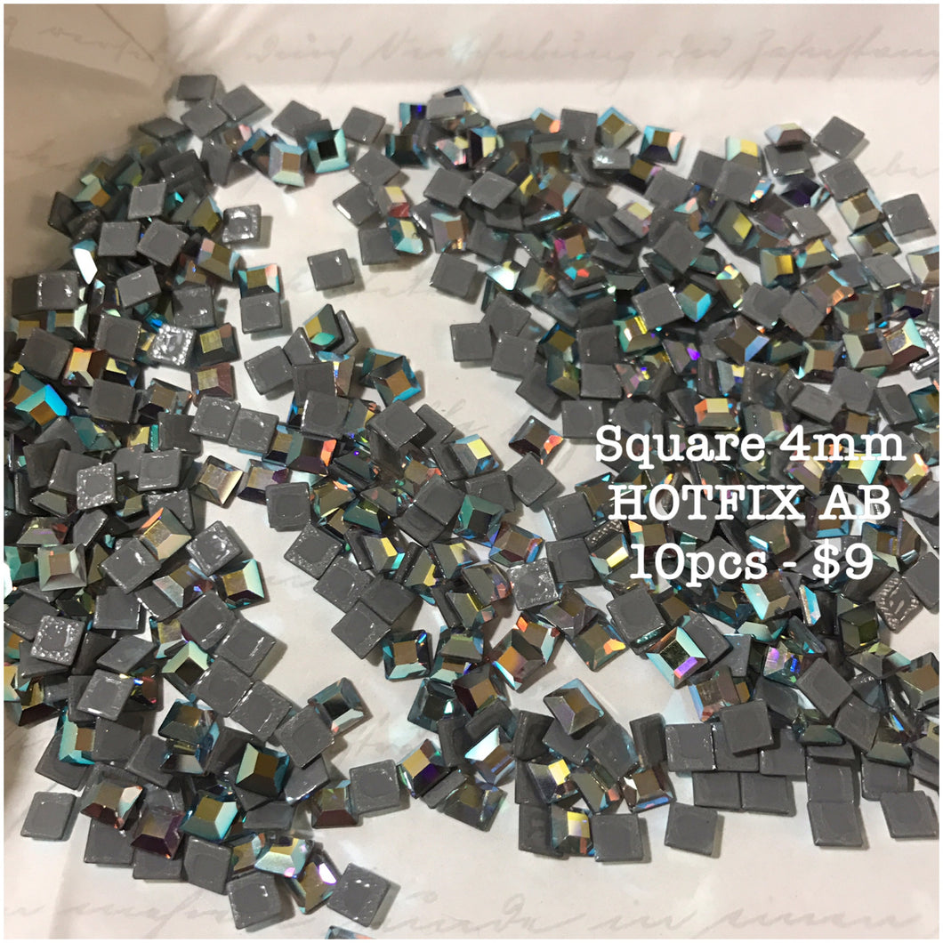 SWAROVSKI Square 3mm/4mm