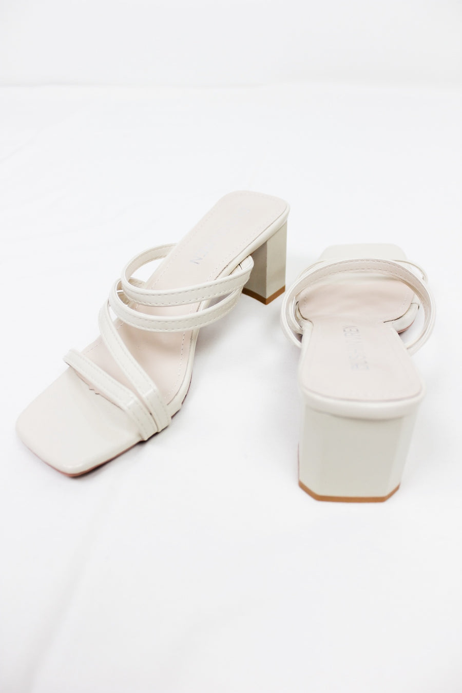 LOVING YOU MULES / CREAM - Halite Clothing