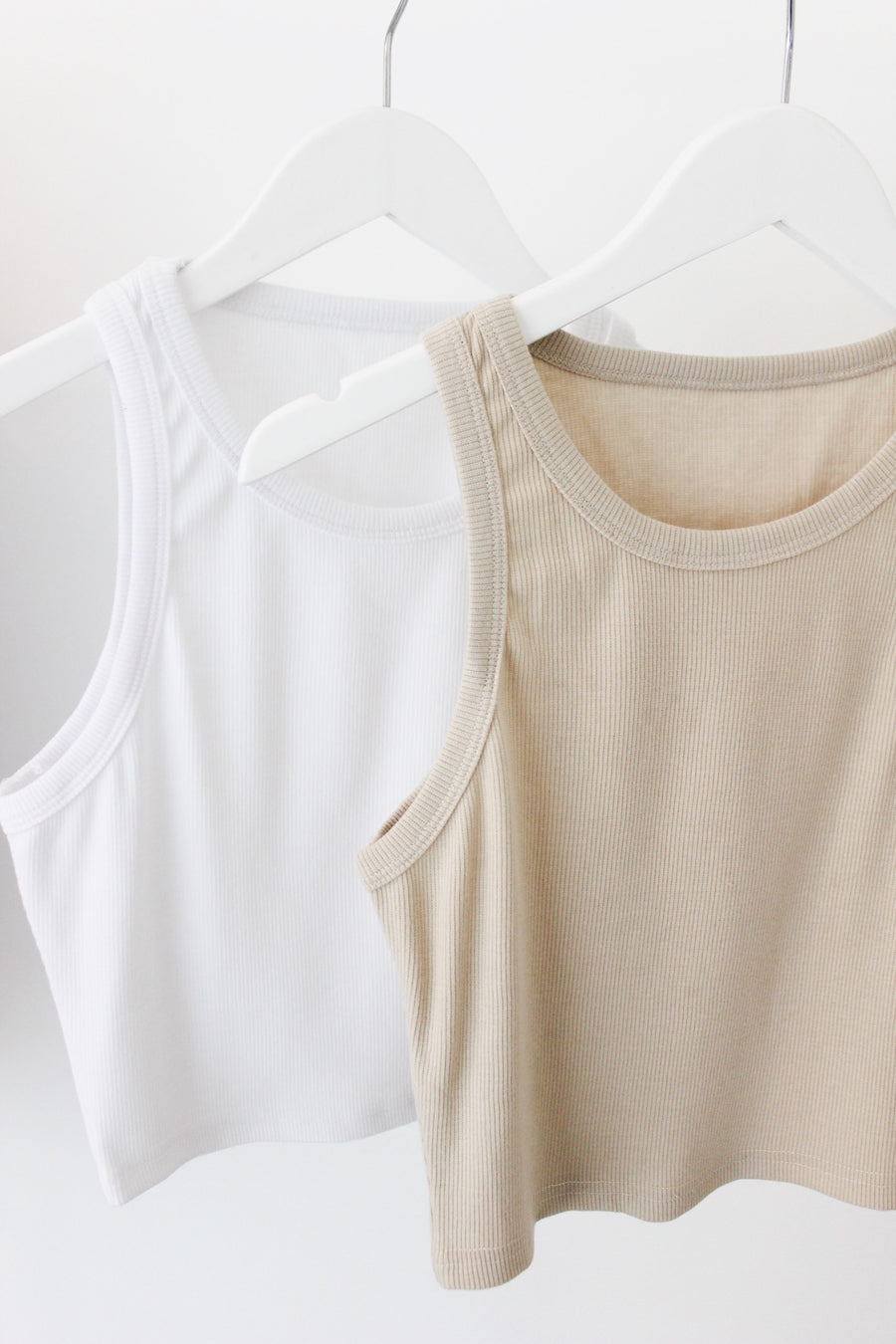 GIVE ME A LITTLE RIBBED TANK / TAUPE