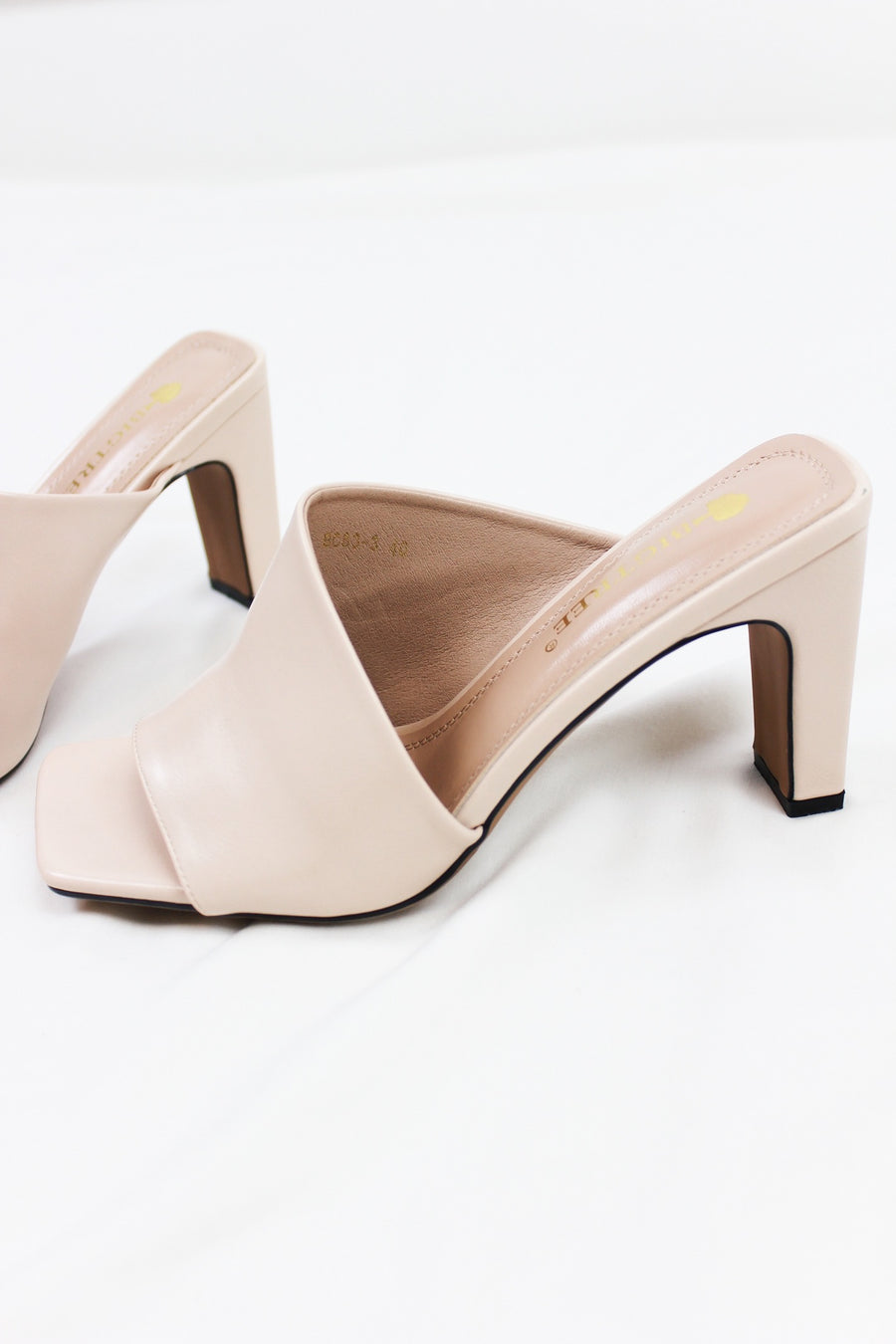 BE YOUR BABY MULES / NUDE